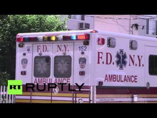 США: Человек стрелял пожарный и баррикады себя в доме.