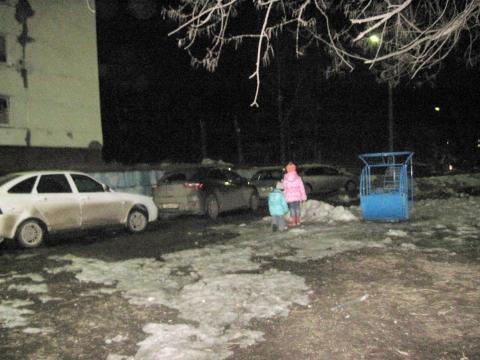 Жители Нижнекамска просят власти обратить внимание на неработающий светофор