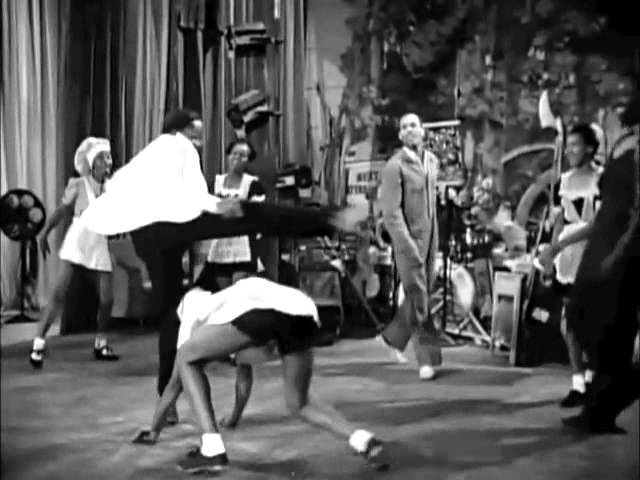 Hellzapoppin (1941) - Whiteys Lindy Hoppers w Dancers Names - Harlem Congaroos