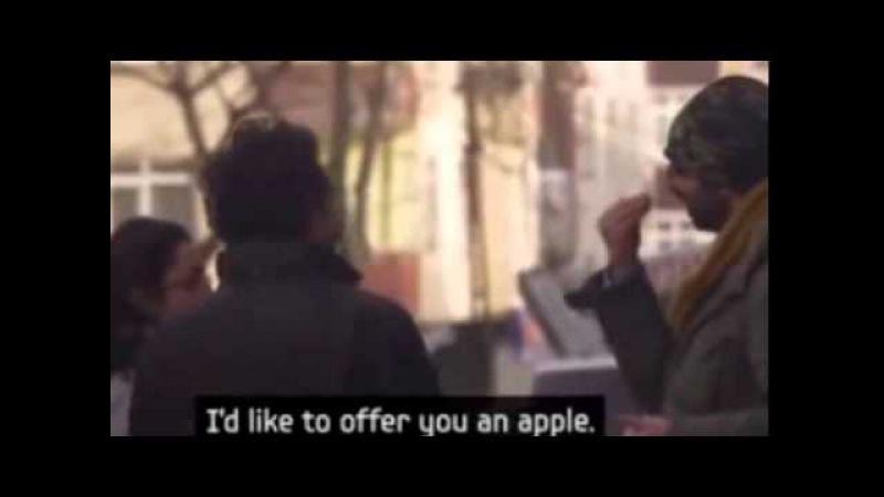 Чтобы удивить глухонемого, весь город выучил язык жестов. Most Ever Touching Ad By Samsung - Hearing Hands