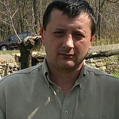 Евгений Паря