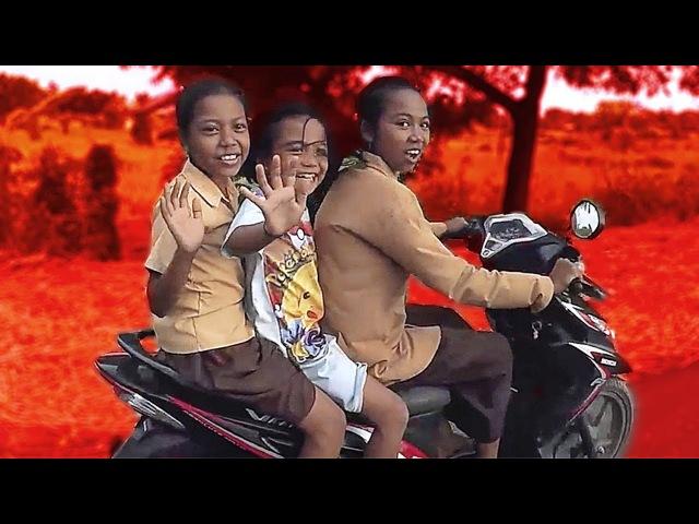 Как разбиваются участники Своим Ходом. Грязное путешествие по Индонезии. Ломбок - это не Бали!
