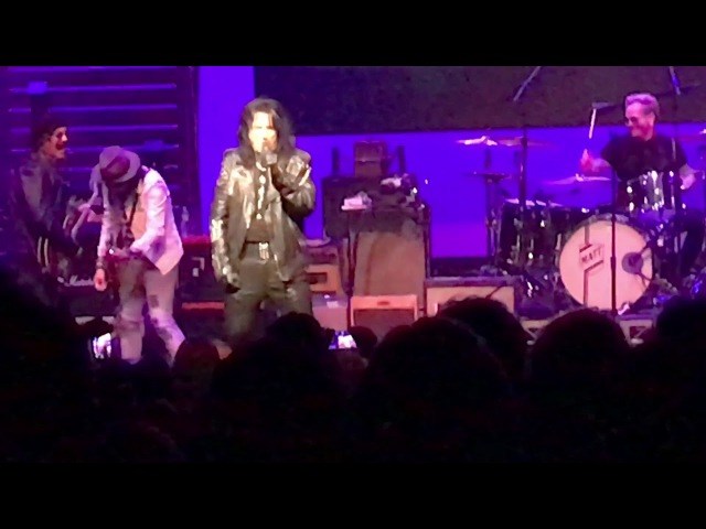 Alice Cooper, Johnny Depp - School's Out (Imperial Ball 2018)