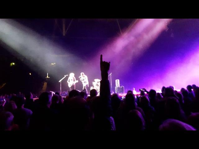 Queen Adam Lambert - Crazy Little Thing Called Love (Stockholm 2017)