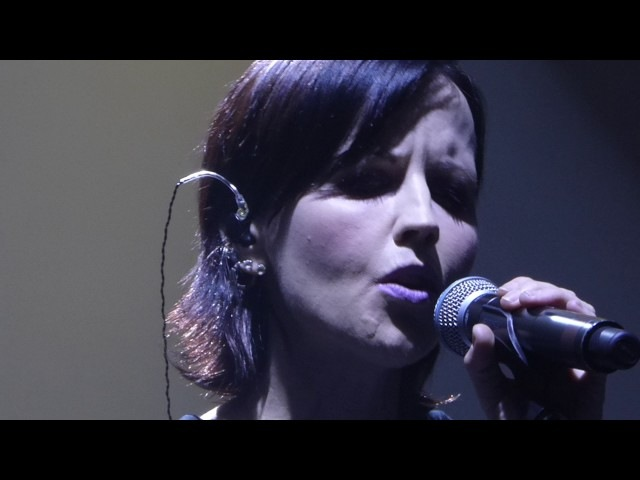 The Cranberries - Why - live w string quartet - London 2017