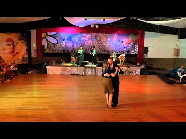 Mette Herlitz and Andreas Olsson dancing a Slow Balboa at Summer camp in Eauze France 2015