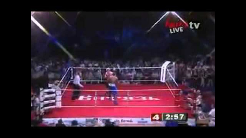 Спорт Шестнадцатый бой Александр Поветкин опозорил Таурус Сайкс прямо на ринге