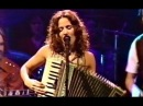 Sheryl Crow w accordion perform D'yer Mak'er Official MTV Unplugged