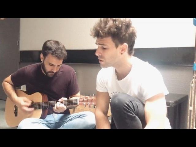 """Gastón Vietto on Instagram: """"Momentos que surgen antes del show, una versión casera de"""