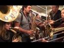 Poil O' Brass Band - Danza Kuduro/Eye of the Tiger in the Berlin Subway /