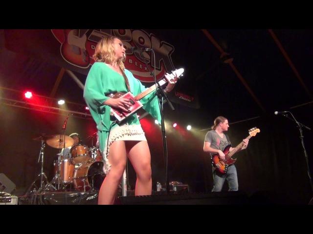 Samantha Fish- Hookrock Diepenbeek 3 juli 2015 -Turn It up