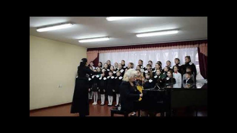Хор середніх класів ДЗВІНОЧОК керівник Анна Мащенко концертмейстер Еліна Шевкун
