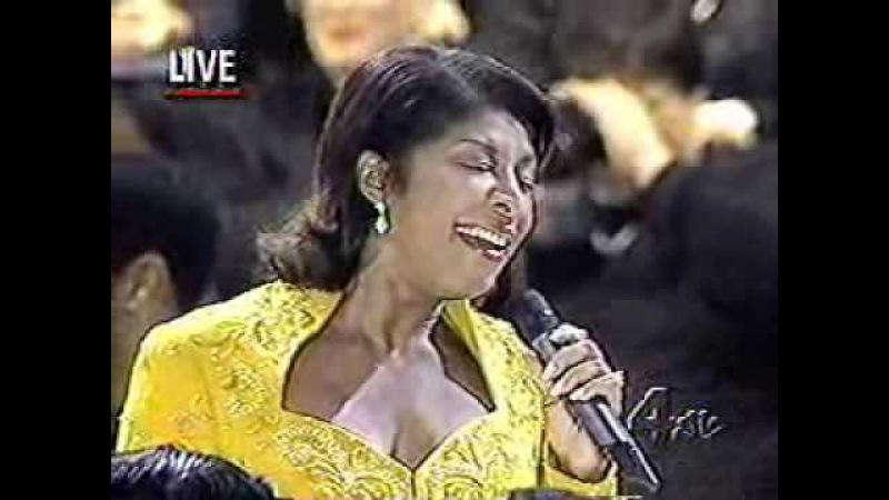 Natalie Cole Oor Love ~ I Believe live performance