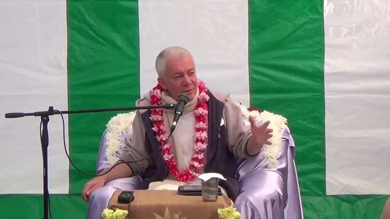 Бой Арджуны и Карны Чайтанья Чандра Чаран Прабху