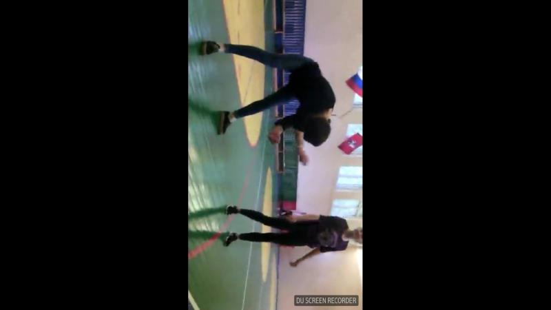 Страстные танцы Софи Беридзе в колледже.