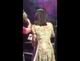 Лана с фанатами (Live @ «LA To The Moon Tour»: «Philips Arena»)