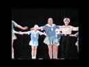Дети танцуют Матросский танец. Sailor children dance.Nice
