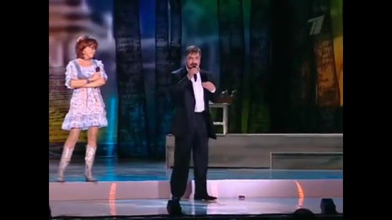 Я.Поплавская и А.Тихонович - Уж я к ней и так и этак...