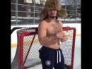 Весельчак Элизер Щербатов, первый израильский хоккеист в истории КХЛ 😉