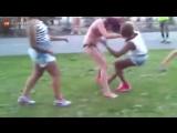 girl fight in bikinis
