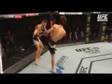 Лучшие моменты Забита Магомедшарипова в дебютном поединке в UFC.