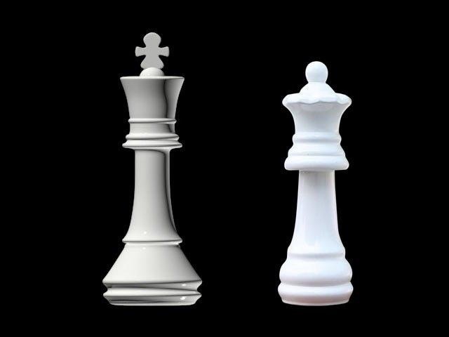 Мат ферзём и королём - два способа
