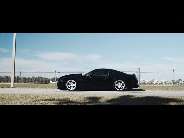 Ford Mustang S197 Bagged Velgen Wheels Split5 Satin Silver 20