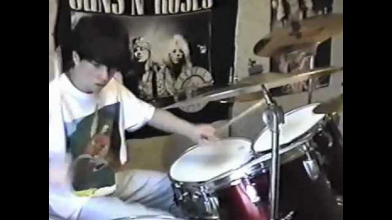 Dresden Dolls drummer Brian Viglione 14 yrs. old video shot by his dad.