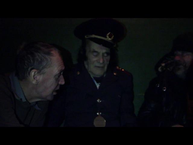Аркадий Давидович раскулачивает Василия Михайловича