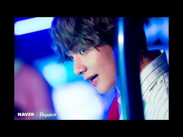 KIM Taehyung (V) BTS - 2017 SEXY MOMENTS!