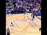 Trey Lyles shoves it up with slam dunk dang