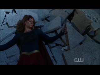 Supergirl 3x09 Reign vs Supergirl fight #9