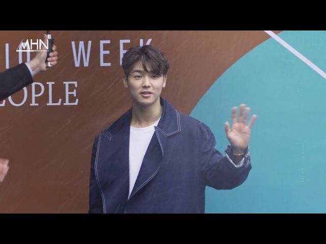 180321 [MHN TV] 2018 F/W HERA Seoul Fashion Week ~ Minhyuk