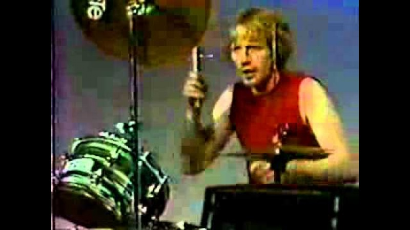 Die Kreuzen - THINK FOR ME live on local cable access tv 1983