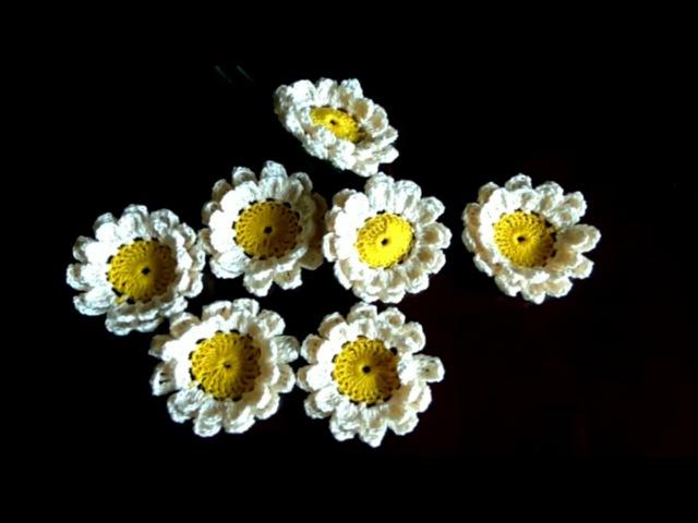How to crochet a simple crochet flower (Zinnia)