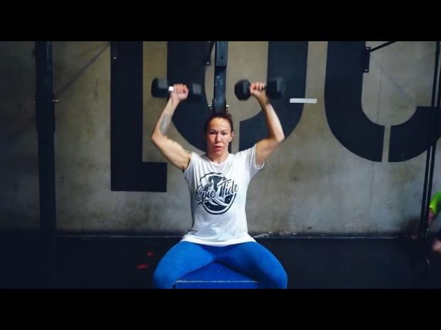 """CRIS CYBORG 🇧🇷★ on Instagram: """"Começamos a treinar juntos após a luta no peso casado 140lbs. Fizemos um grande trabalhos juntos para o retorno par..."""