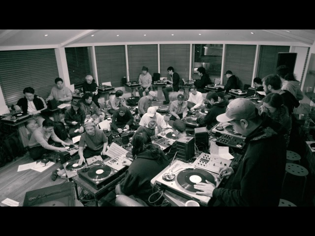 BEHIND THE BEATS : THE PHILHARMONIC TURNTABLE ORCHESTRA