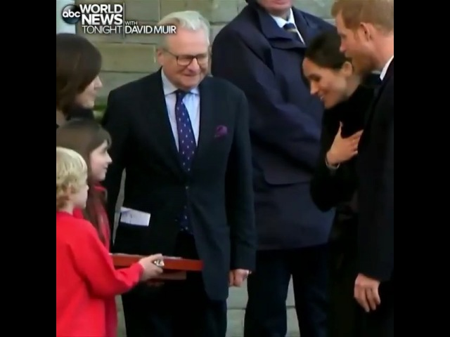 Meghan and Harry recieved a personalized spoon as a gift