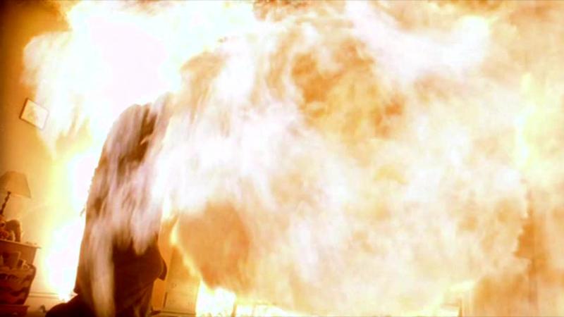 Мэри Винчестер сгорает в спальне Сэма (Сверхъестественное|Supernatural)(1 сезон 1 серия) Озвучка Novafilm