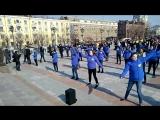 зарядка на площади воинской славы в Хабаровске