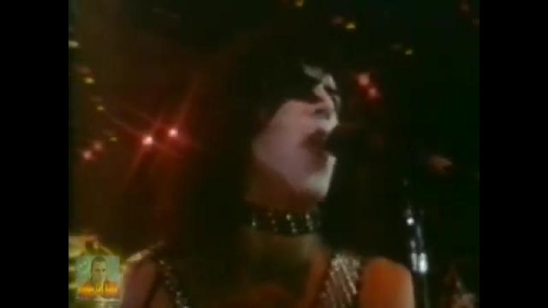 Kiss - I Was Made For Lovin You (Version Original 1979) (Producciones Especiale