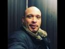 Джо Минозо из Пожарных Чикаго застрял в лифте