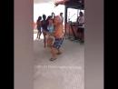 Очень сексуальный и заразительный танец!