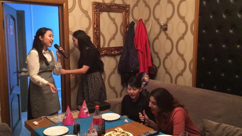 Мое день рождения 🎂 19спасибо девочкам