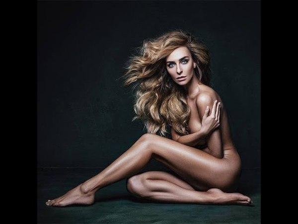 Не так давно Екатерина Варнава приняла участие в эротической фотосессии, где позировала ностью об