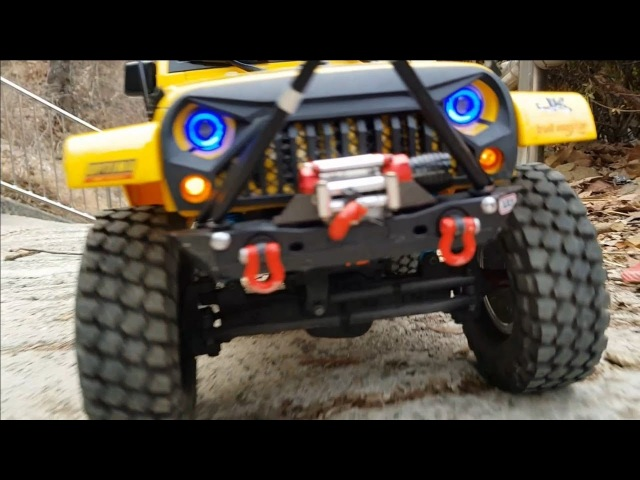 RC CAR MST-CFX Jeep Rubicon Trail Adventure