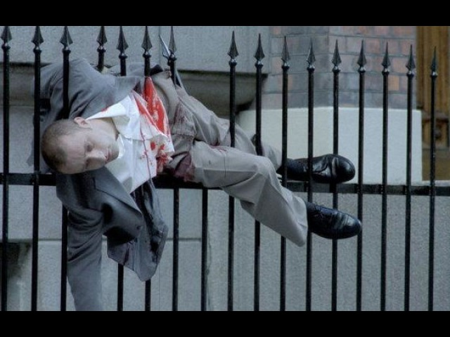 Видео к фильму «Неуместный человек» (2006): Трейлер