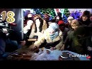 Как жители Одессы на Думской площади рождественский торт делили. Фоторепортаж