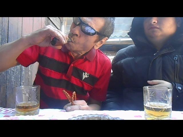 Батя и я мы парим вэйп с пивом