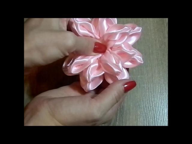 Крупный цветок канзаши на заколке/Kanzashi large flower barrette